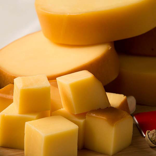 Fabricante de queijo provolone