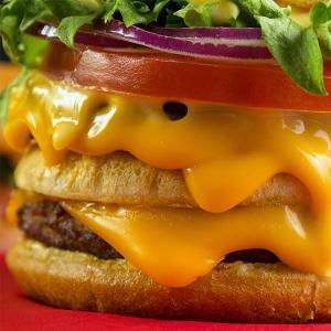 Distribuidor de queijo cheddar